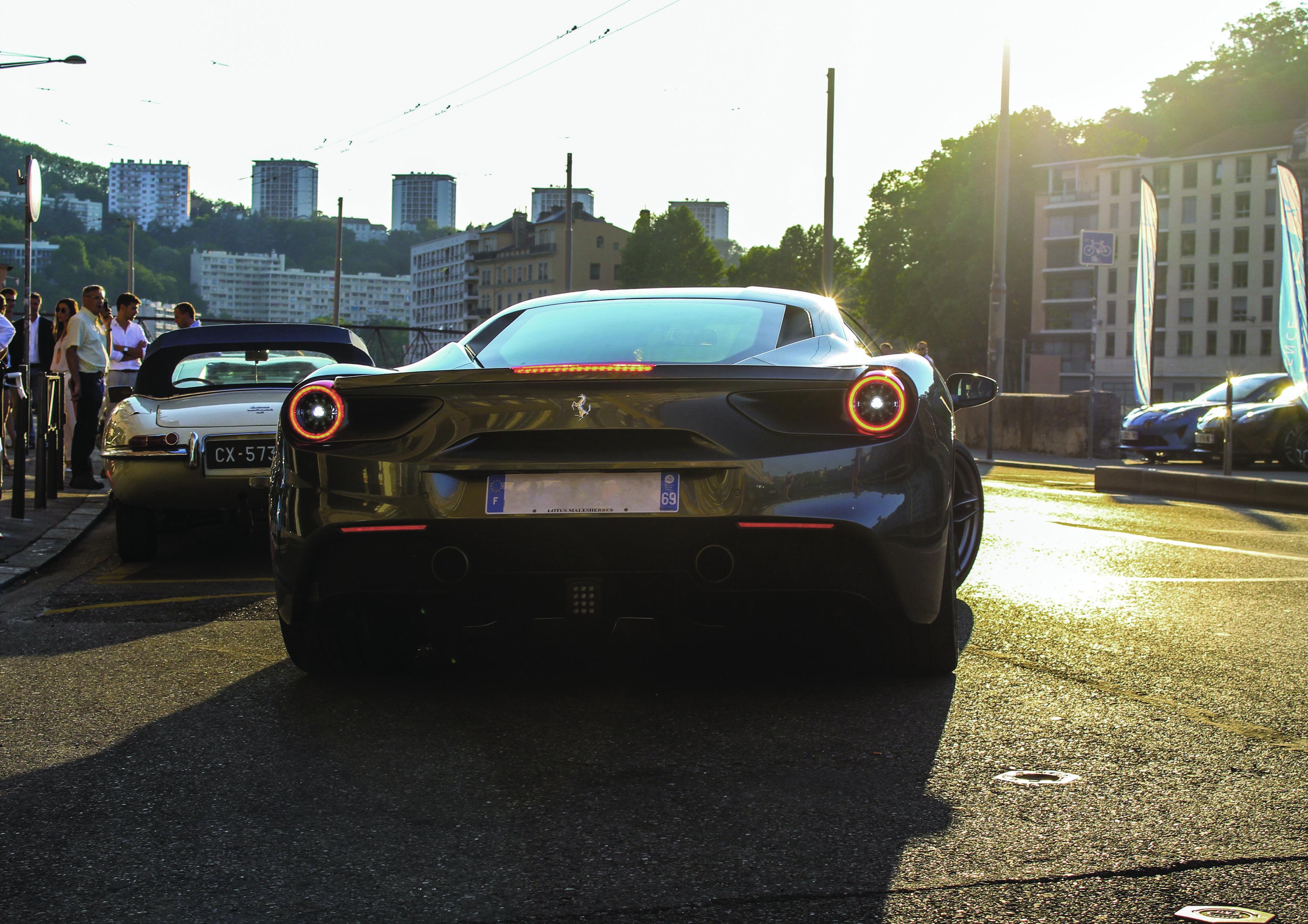 Ferrari-488-Cars&Design